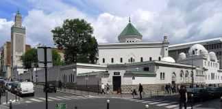 La Grande Mosquée de Paris. Source Photo: Wikipedia