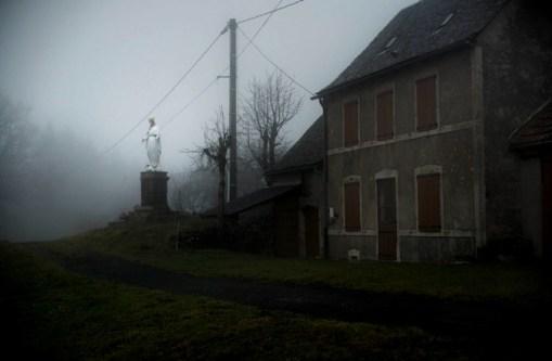 Saisons noires - Julien Coquentin - La main donne