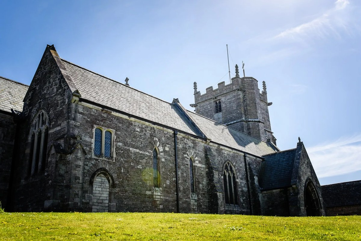 Saint Edwards Church - Corfe Castle
