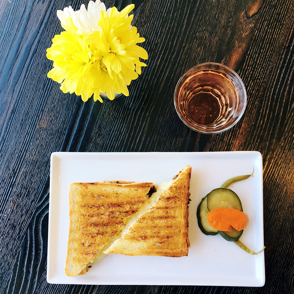 grilled-cheese-cest-cheese