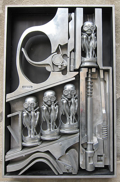 Birth Machine - szobor.
