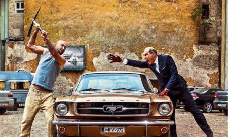 A durcás parkolóőr, a sült galamb, meg a Mustang