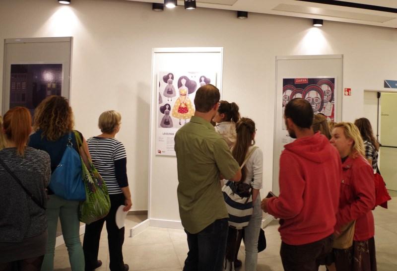 A 100 Szóban Budapest legjobb történetihez készült illusztrációk kiállítása - a szerző felvétele