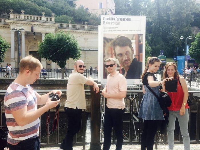 A Kristály Glóbuszt nyert Ernelláék Farkaséknál c. Hajdu Szabolcs-film egyetemista operatőrei
