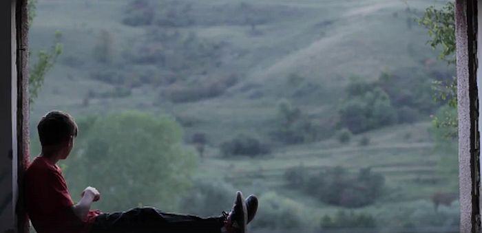 Filmkocka a hetedik helyezett, Kocsis Tünde klipjéből