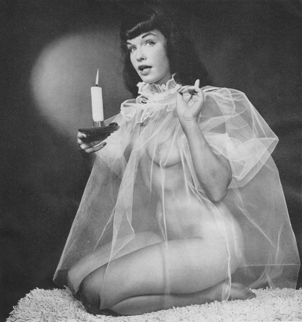 001-bettie-page-01