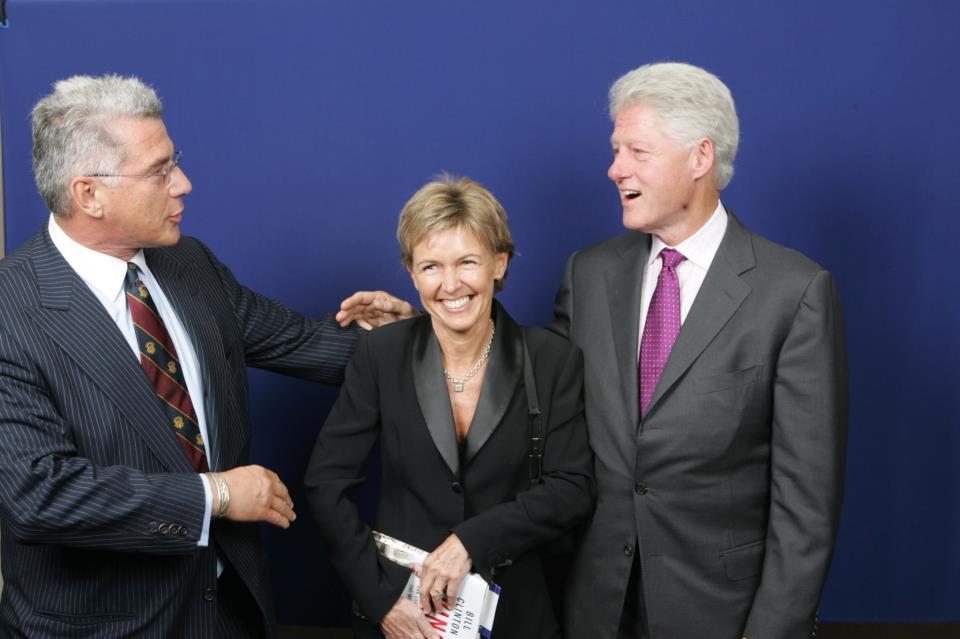 Szalay Dorottyával és Bill Clintonnal