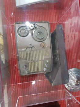 A Webster Chicago márkájú rádióadó, amelyen Mao bejelentette a Népköztársaság létrejöttét
