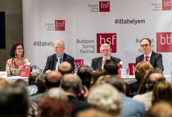 Bán Teodóra, Tarlós István, Prof Dr Kásler Miklós, Káel Csaba c Posztos Janos