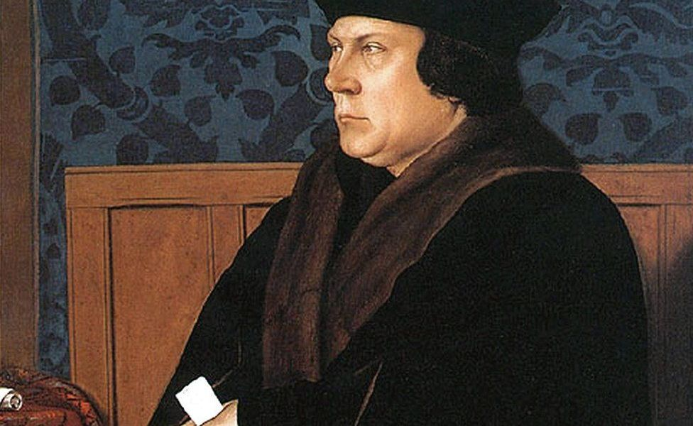 Cromwell 58 szobás villája mellé telket rabolt a tekepályához
