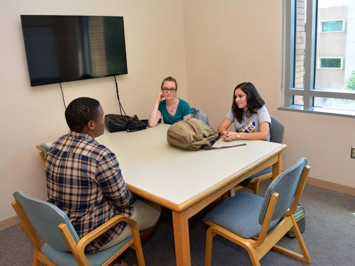 Orbach Science Library Reservable Group Study Rooms | UCR ...