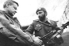 Brzezinski con il giovane Bin Laden
