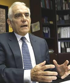 "Luis Enrique Berrizbeitia, ""falco"" neoliberista"