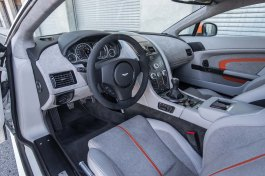 2017-aston-martin-v12-vantage-s-driver-side-interior