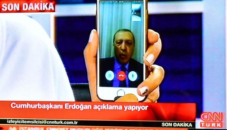 La duplicidad turca