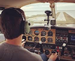 Corte Constitucional avala pensión para invalidez de aviadores civiles