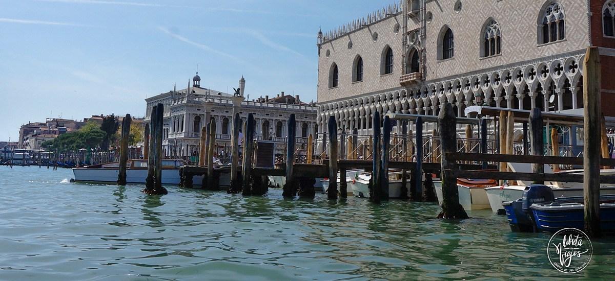 Ir a Venecia. El gran canal de y el Palacio Ducal de Venecia
