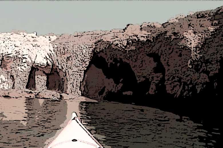 La cueva del leon marino, sexta entrega de A tres pasos de Luna
