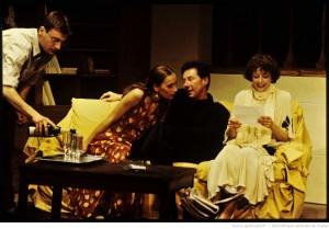 Les femmes savantes / mise en scène de Jean-Luc Jeener. Paris Théâtre 14, 18-04-1995. Photographe : Daniel Cande