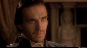 Ralph Fiennes nel film Cime tempestose di Peter Kosminsky