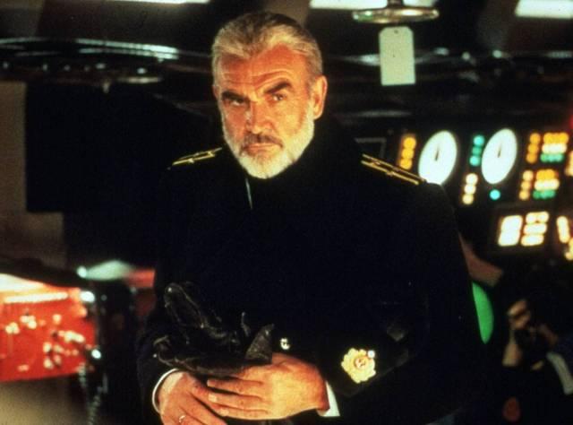 Sean Connery è Mark Ramius