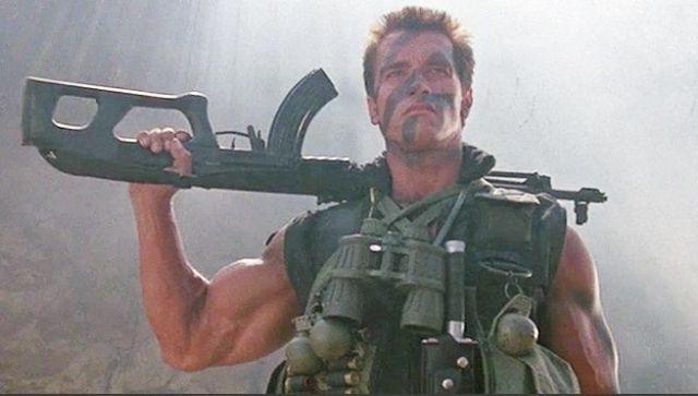 Commando (1985) di Mark L. Lester