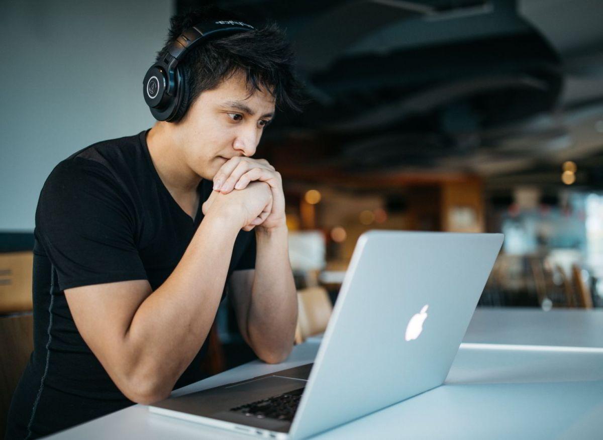 Curso Online Computadora Estudiante Psicologia