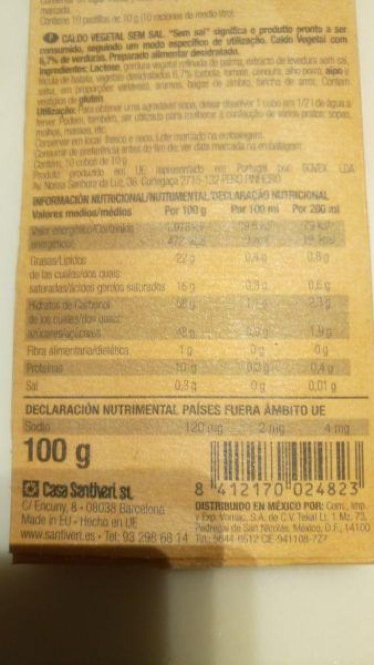 Etiqueta de pastillas de caldos industriales altos en sal