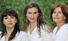 María José Benito, Isabel Buendía y Encarna Carrillo, autoras de Amarillo luciérnaga