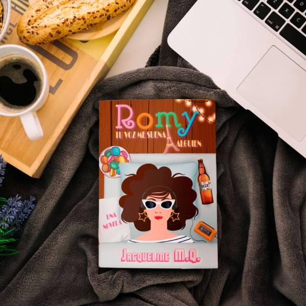 Romy Tu voz me suena a Alguien (Una Novela de Comedia Romántica)