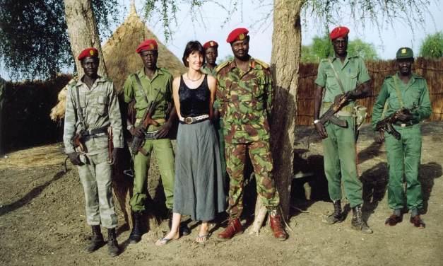 La historia de amor entre la cooperante y el señor de la guerra o la trágica historia de Sudán