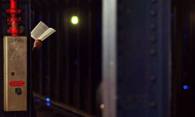 Lawrence Schwartzwald, el arte de la lectura en Nueva York antes de que desaparezca