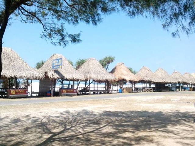 Facilities at Sepanjang Beach are sufficient.