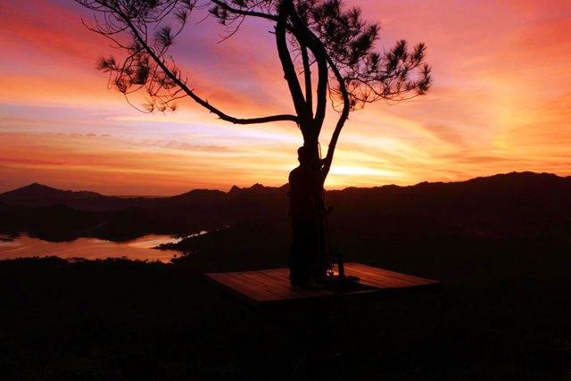 Pun yang paling menakjubkan adalah senja di Kalibiru.