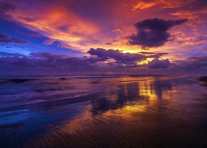 Senja menawan di Pantai Parangkusumo