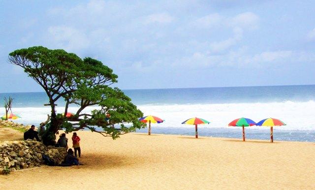 Pantai Pok Tunggal Di Yogyakarta.