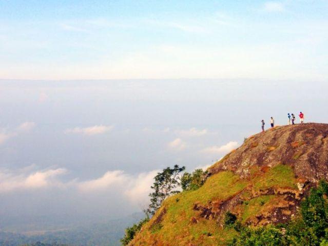 Gunung Nglanggeran di Yogyakarta (source photo)