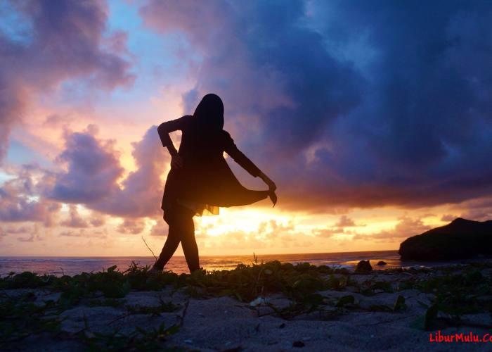 Travel Video - Senja Di Sumbawa Yang Cantik!