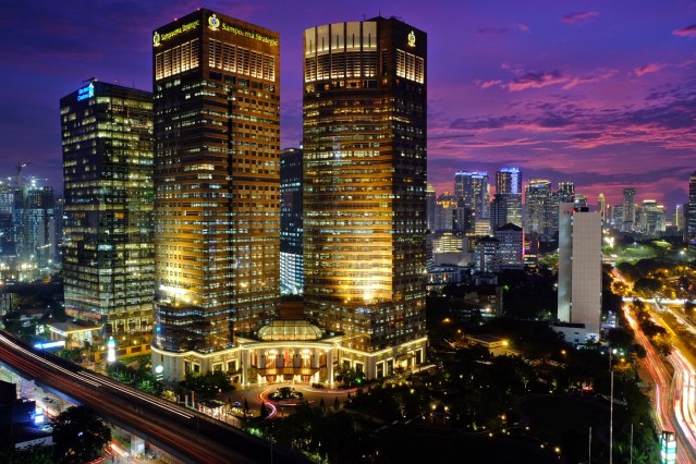 City view malam hari kota Jakarta (sumber)