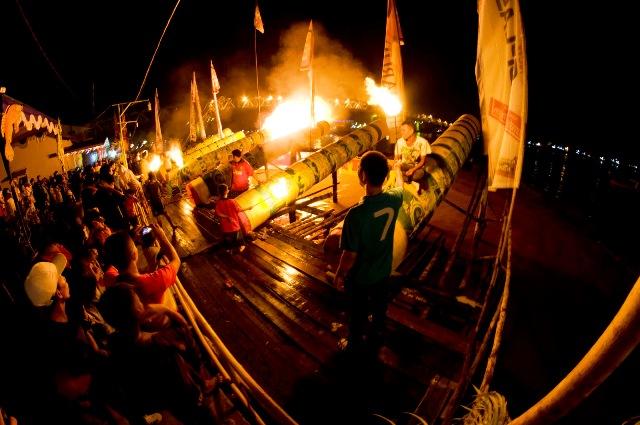 Tradisi unik lebaran di Indonesia, Festival Meriam Karbit Pontianak