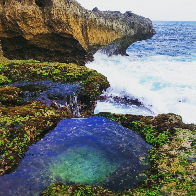 Kedung Tumpang adalah salah satu pantai tersembunyi di Tulungagung