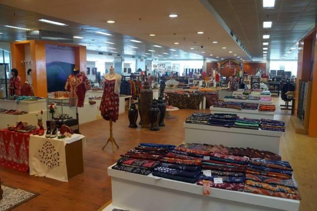 Mirip mall, tapi bukan mall kayak kebanyakan di Jakarta.