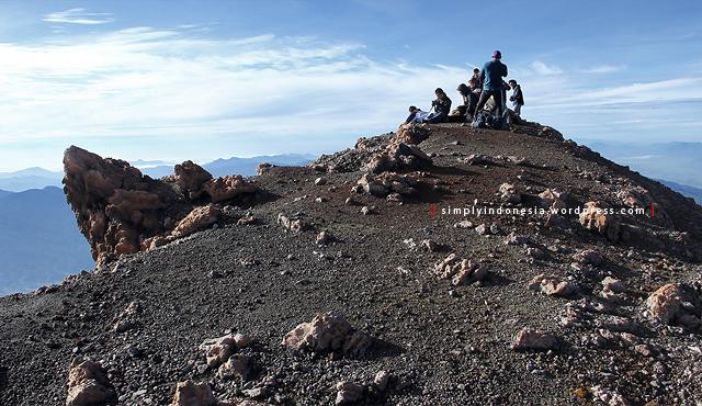 Puncak Indrapura gunung kerinci yang lengang.