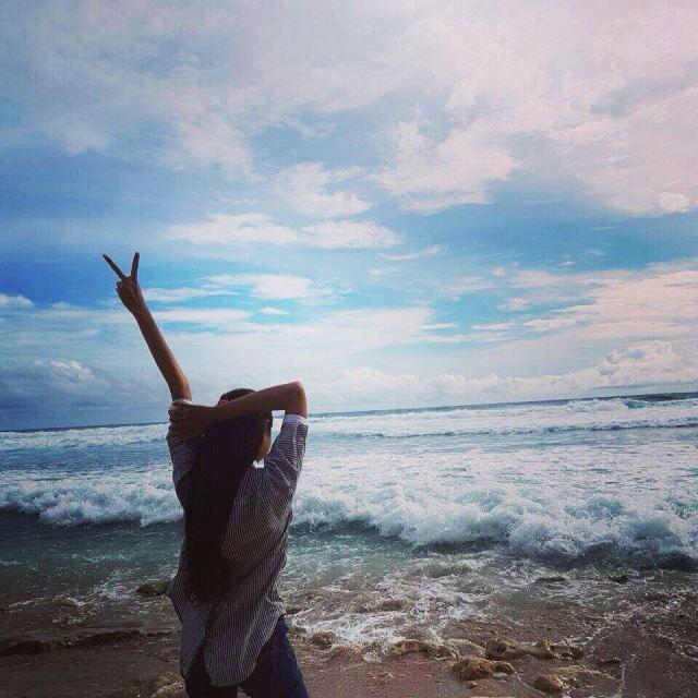 Sekedar berburu foto Instagram di Pantai Molang ini juga bisa banget by IG @retnopalupi217