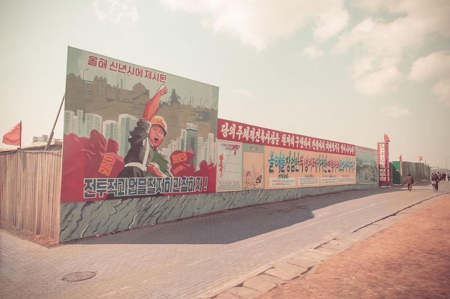 Foto propaganda di Korea Utara