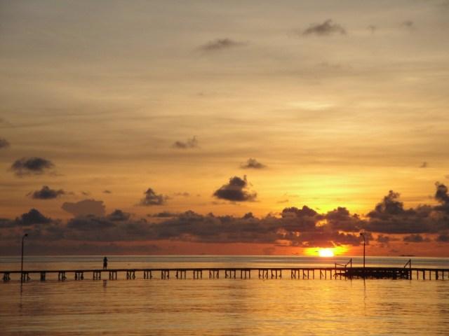 Sunset di Pantai Derawan (sumber)