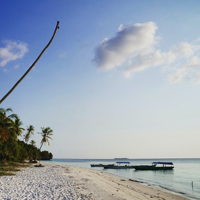Pantai Hondue, Tomia, Wakatobi