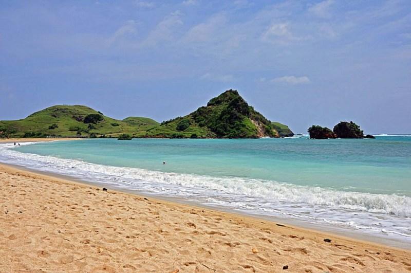 Pantai Kuta Lombok Selatan