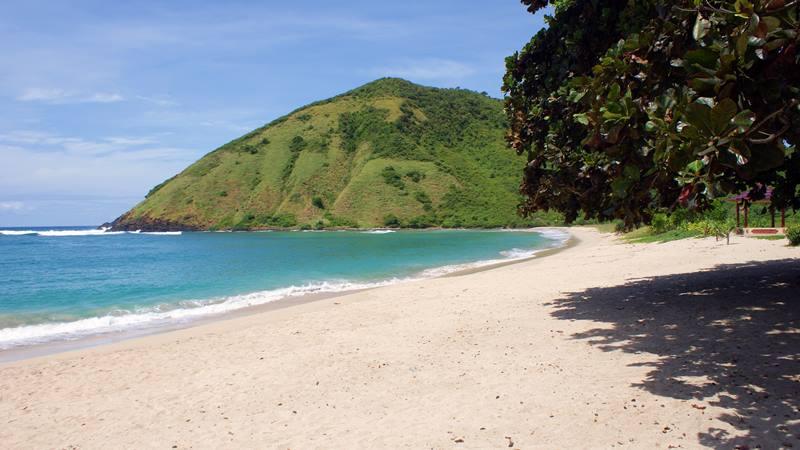 Pantai Mawun yang keren