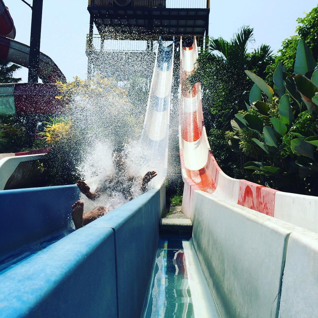 Splassh! Yuk main basah-basahan disini!